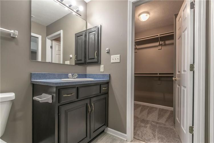 1017 Amesbury Court Indianapolis, IN 46217 | MLS 21688097 | photo 33