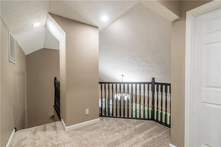 1017 Amesbury Court Indianapolis, IN 46217 | MLS 21688097 | photo 37