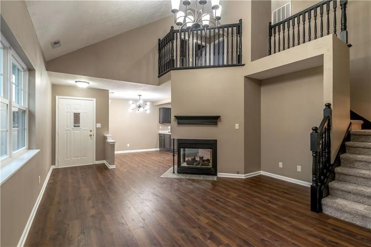 1017 Amesbury Court Indianapolis, IN 46217 | MLS 21688097 | photo 7