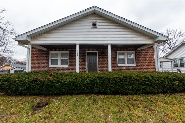 702  Carlyle Place Indianapolis, IN 46201 | MLS 21688150