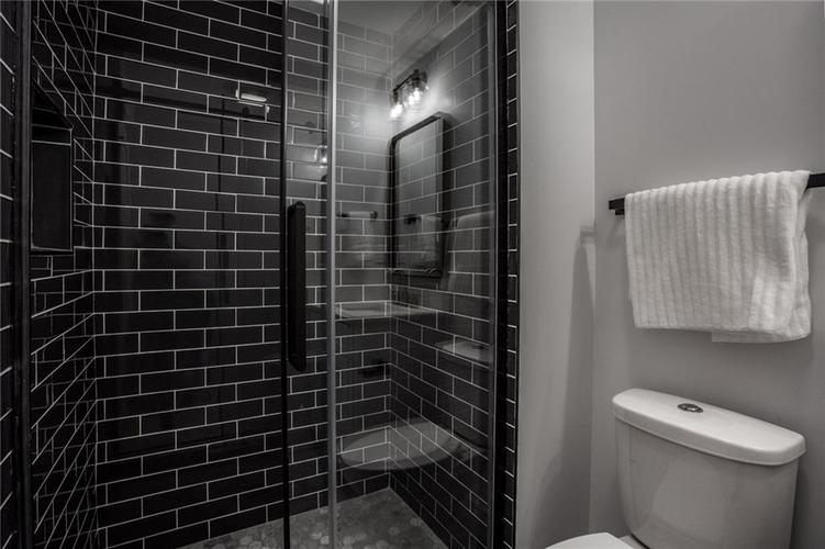 1041 S State Avenue Indianapolis, IN 46203 | MLS 21688171 | photo 27