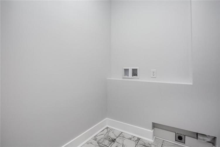 1041 S State Avenue Indianapolis, IN 46203 | MLS 21688171 | photo 38