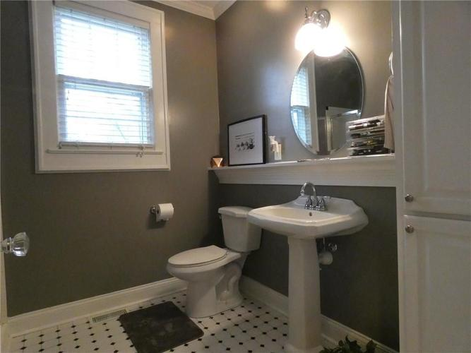 1208 Woodlawn Drive New Castle, IN 47362 | MLS 21688182 | photo 17