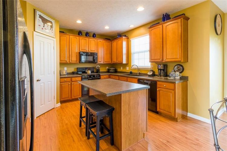 6242 Eagle Lake Drive Zionsville, IN 46077   MLS 21688184   photo 10