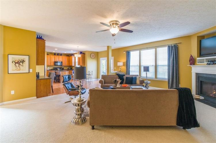 6242 Eagle Lake Drive Zionsville, IN 46077   MLS 21688184   photo 18