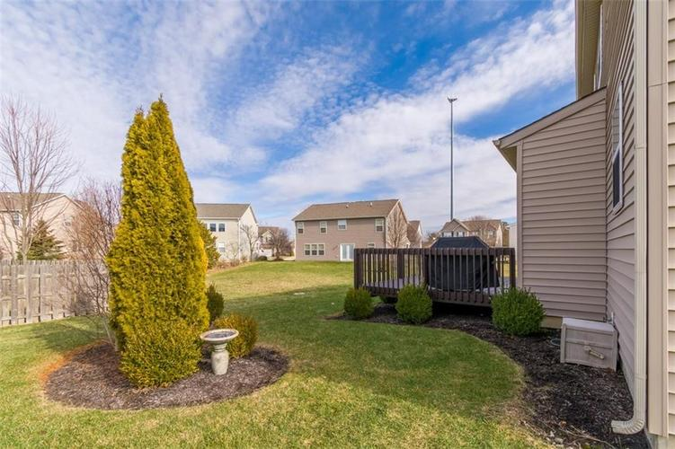 6242 Eagle Lake Drive Zionsville, IN 46077   MLS 21688184   photo 38