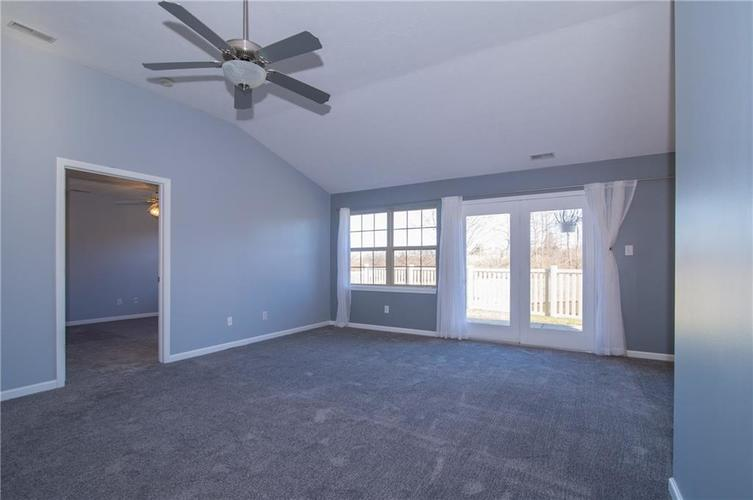 10938 Harness Court Indianapolis, IN 46239   MLS 21688206   photo 7