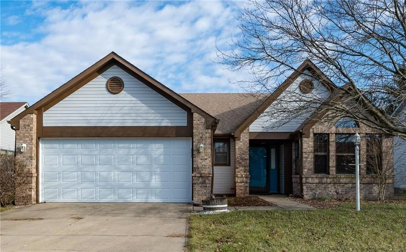 6269 Old Barn Court Indianapolis, IN 46268   MLS 21688232   photo 1