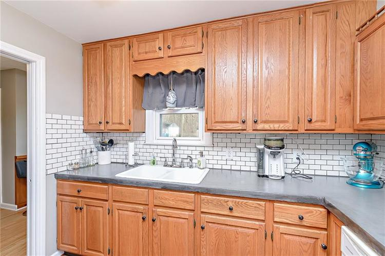1827 E 66th Street Indianapolis, IN 46220 | MLS 21688284 | photo 11