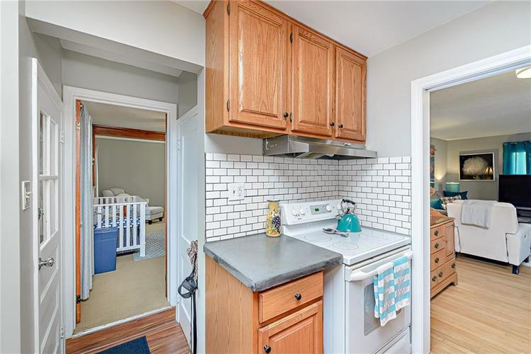1827 E 66th Street Indianapolis, IN 46220 | MLS 21688284 | photo 12