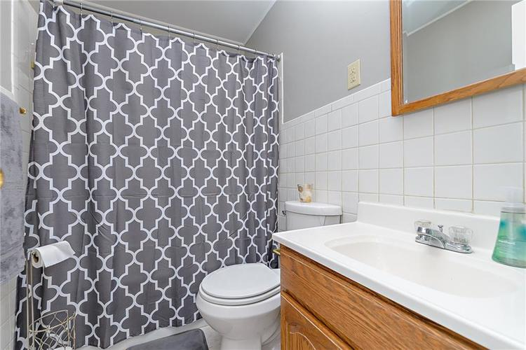 1827 E 66th Street Indianapolis, IN 46220 | MLS 21688284 | photo 18