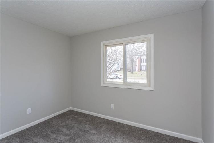 1707 Countryside Drive Indianapolis, IN 46231 | MLS 21688328 | photo 12