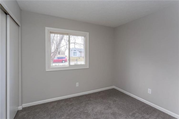 1707 Countryside Drive Indianapolis, IN 46231 | MLS 21688328 | photo 15