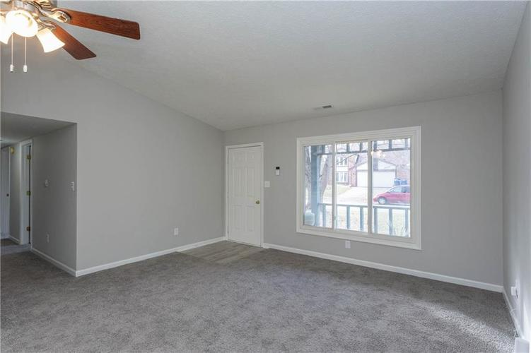 1707 Countryside Drive Indianapolis, IN 46231 | MLS 21688328 | photo 2