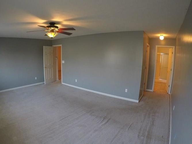 11493 Enclave Boulevard Fishers, IN 46038 | MLS 21688330 | photo 12