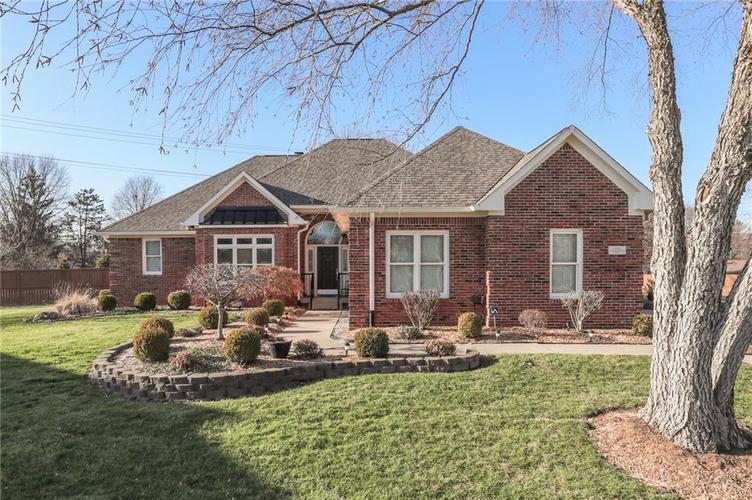 334 Oak Meadows Court Greenwood, IN 46142 | MLS 21688358 | photo 1