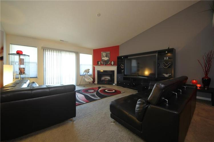 7605 Firecrest Lane Camby, IN 46113 | MLS 21688386 | photo 2