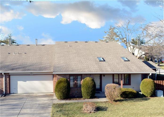 7351 Castleton Farms North Drive Indianapolis IN 46256 | MLS 21688392 | photo 1