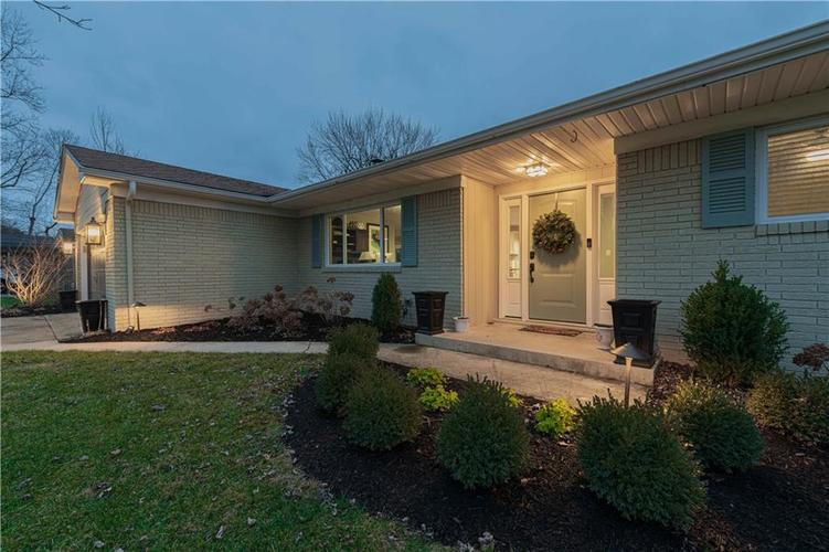 19650 James Road Noblesville, IN 46062 | MLS 21688421 | photo 2