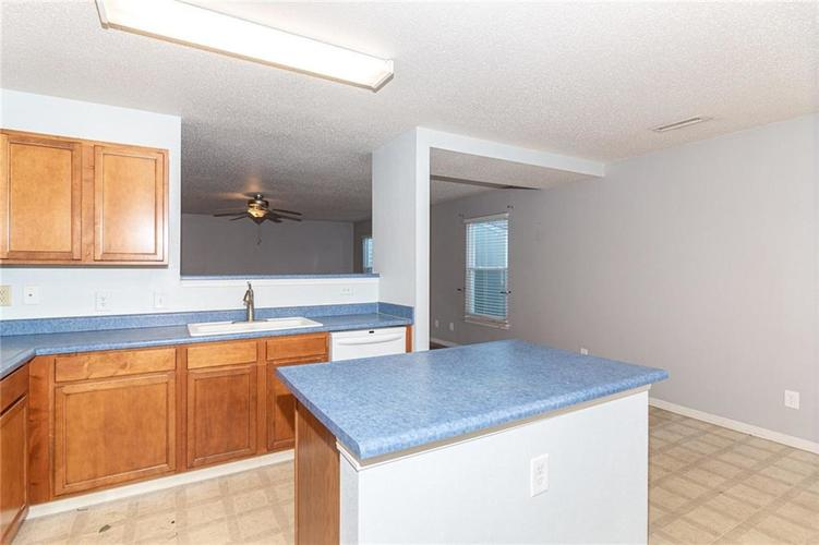 8263 Firefly Way Indianapolis, IN 46259   MLS 21688428   photo 13