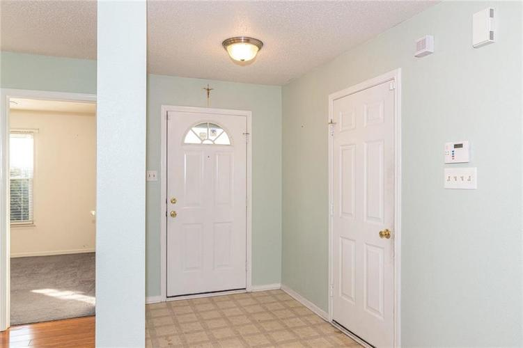 8263 Firefly Way Indianapolis, IN 46259   MLS 21688428   photo 3