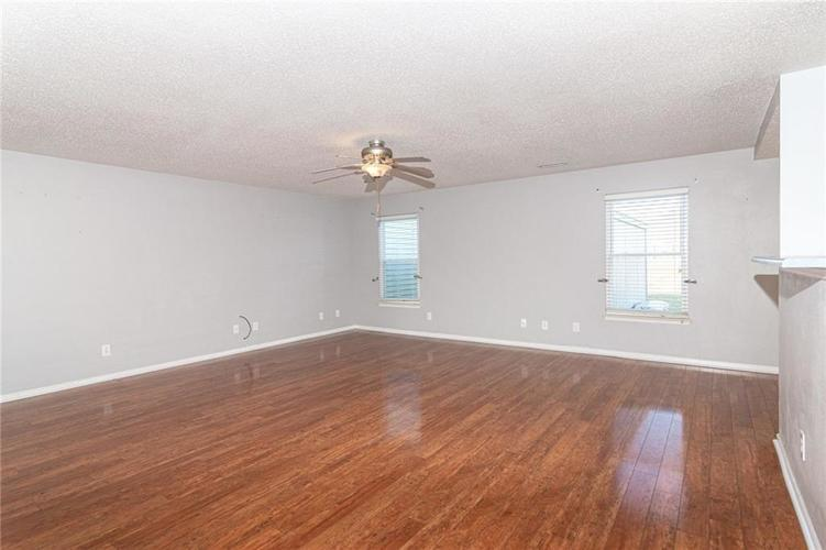 8263 Firefly Way Indianapolis, IN 46259   MLS 21688428   photo 9