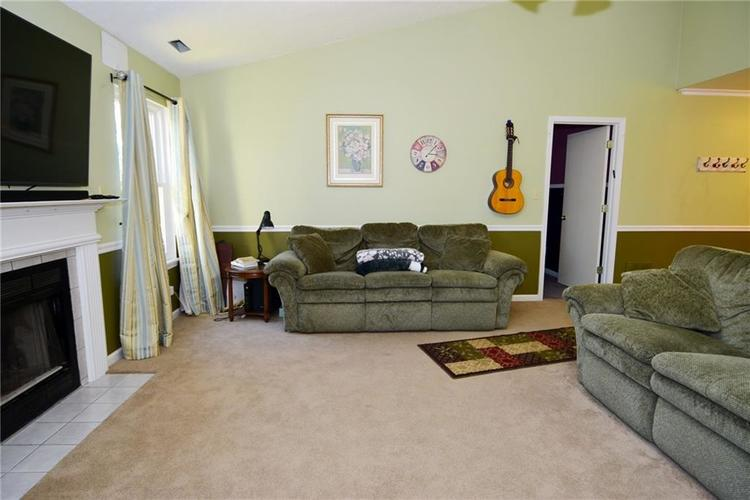 5603 Crystal Woods Drive Indianapolis, IN 46224 | MLS 21688437 | photo 11
