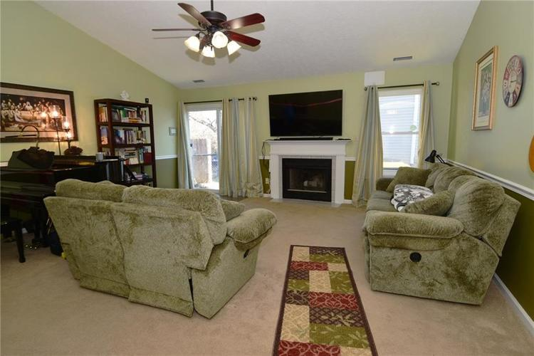 5603 Crystal Woods Drive Indianapolis, IN 46224 | MLS 21688437 | photo 7