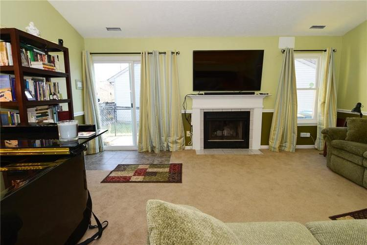 5603 Crystal Woods Drive Indianapolis, IN 46224 | MLS 21688437 | photo 8