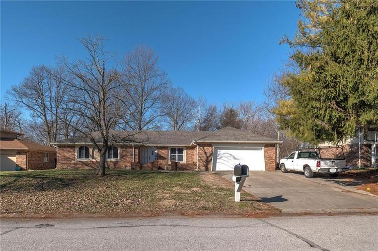 6540 Yellowstone Parkway Indianapolis, IN 46217   MLS 21688475   photo 2