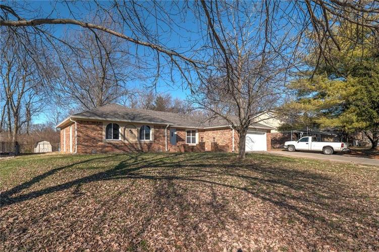 6540 Yellowstone Parkway Indianapolis, IN 46217   MLS 21688475   photo 3