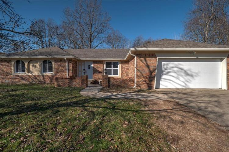 6540 Yellowstone Parkway Indianapolis, IN 46217   MLS 21688475   photo 5