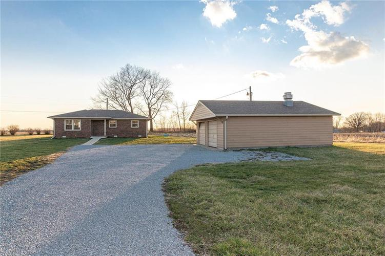 7307 N Frontage Road Fairland, IN 46126   MLS 21688544   photo 1