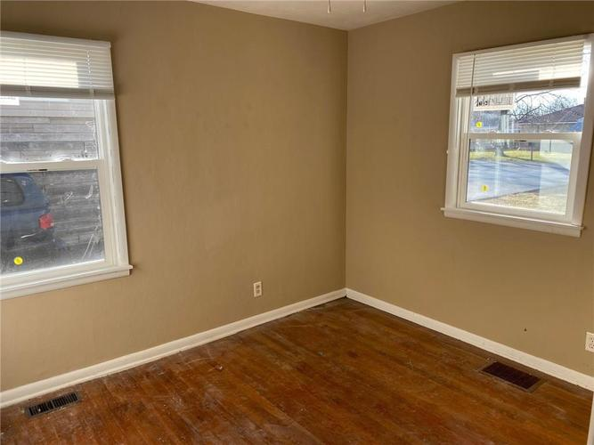 3443 S SADLIER Drive Indianapolis, IN 46239 | MLS 21688552 | photo 17