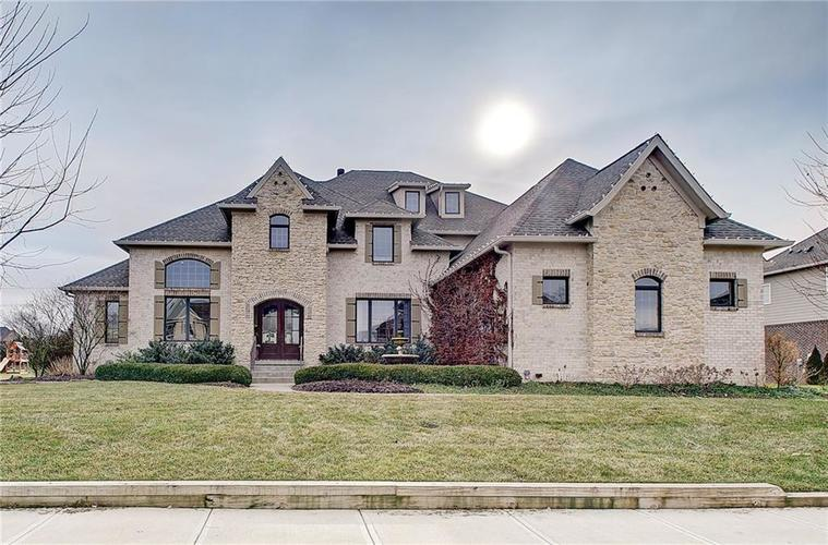 11561  Willow Bend Dr  Zionsville, IN 46077 | MLS 21688587