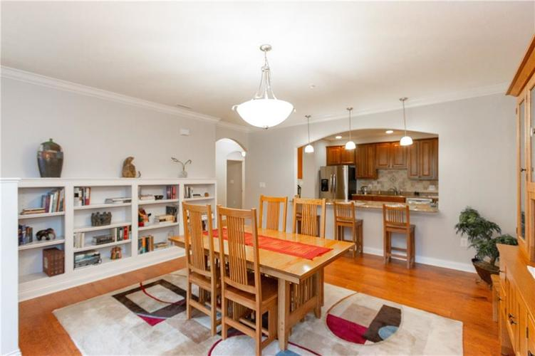 8555 One West Drive #204 Indianapolis, IN 46260 | MLS 21688606 | photo 14