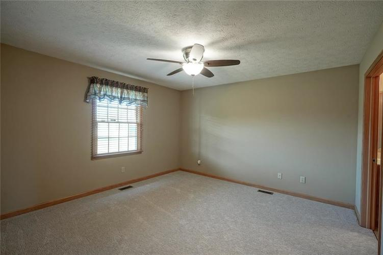 1175 Woodridge Street #234 Brownsburg, IN 46112 | MLS 21688628 | photo 18