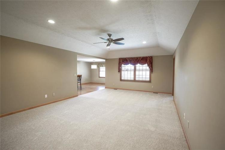 1175 Woodridge Street #234 Brownsburg, IN 46112 | MLS 21688628 | photo 5