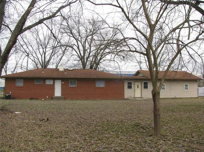 6844 COFFMAN Road Indianapolis IN 46268 | MLS 21688643 | photo 2
