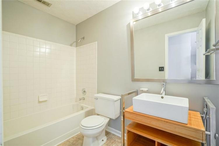 3657 Reflections Lane #3 Indianapolis, IN 46214 | MLS 21688686 | photo 26