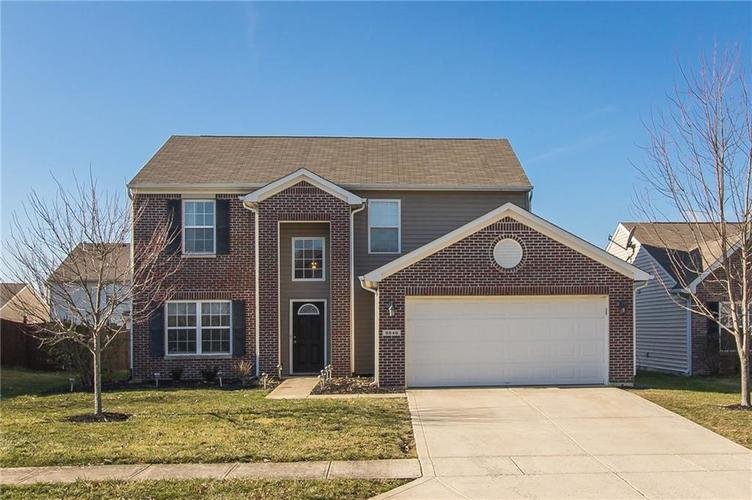 8846 N White Tail Trail McCordsville, IN 46055 | MLS 21688700 | photo 1