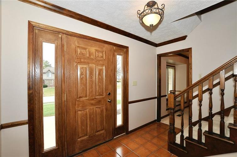 5041 T. C. Steele Lane Carmel, IN 46033 | MLS 21688726 | photo 2