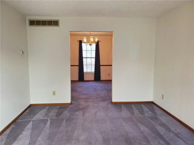 3708 Zurich Terrace Indianapolis, IN 46228 | MLS 21688727 | photo 3