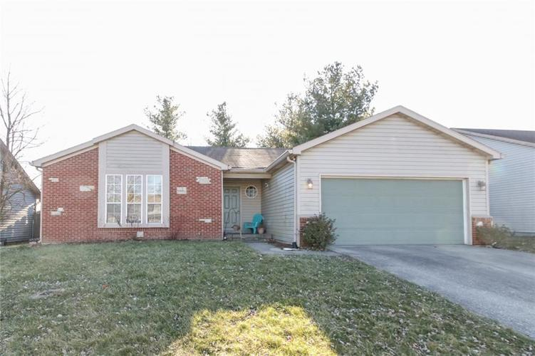 2853  GREENVIEW Way Indianapolis, IN 46229 | MLS 21688852