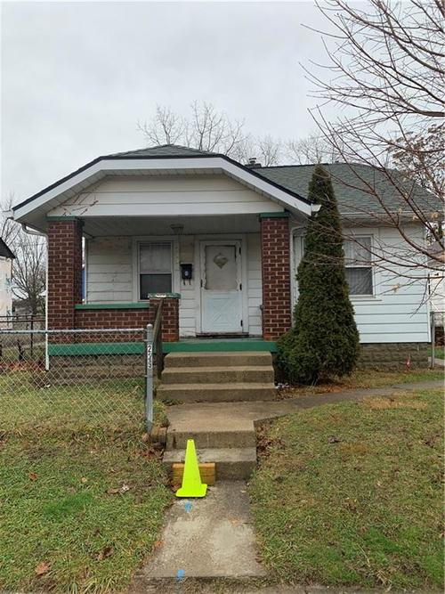 229 N FOREST Avenue Indianapolis IN 46201 | MLS 21688877 | photo 1