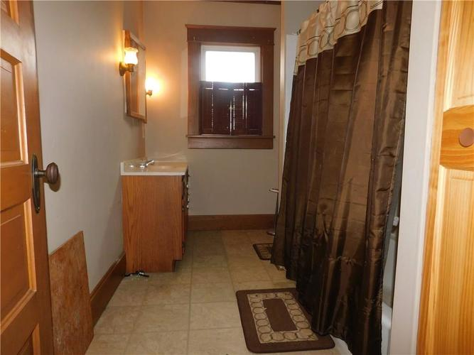 203 E South Street Morristown IN 46161 | MLS 21688941 | photo 23