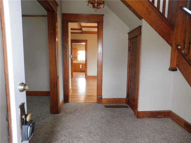 203 E South Street Morristown IN 46161 | MLS 21688941 | photo 3