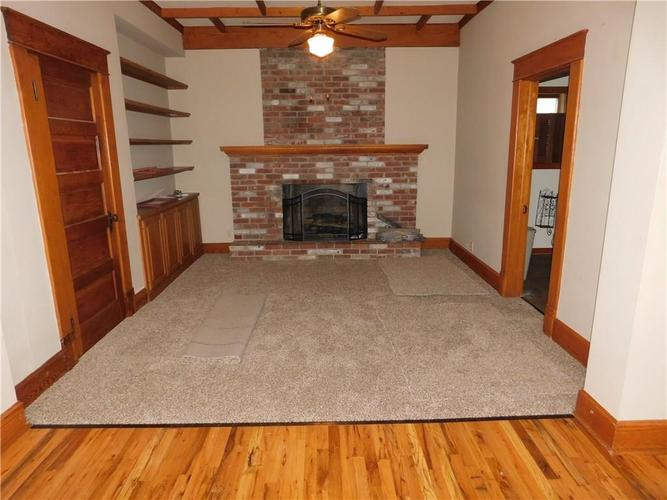 203 E South Street Morristown IN 46161 | MLS 21688941 | photo 8
