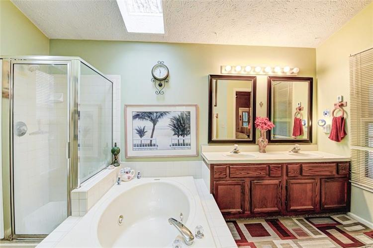 10540 MARLIN Court Indianapolis, IN 46256 | MLS 21689000 | photo 22