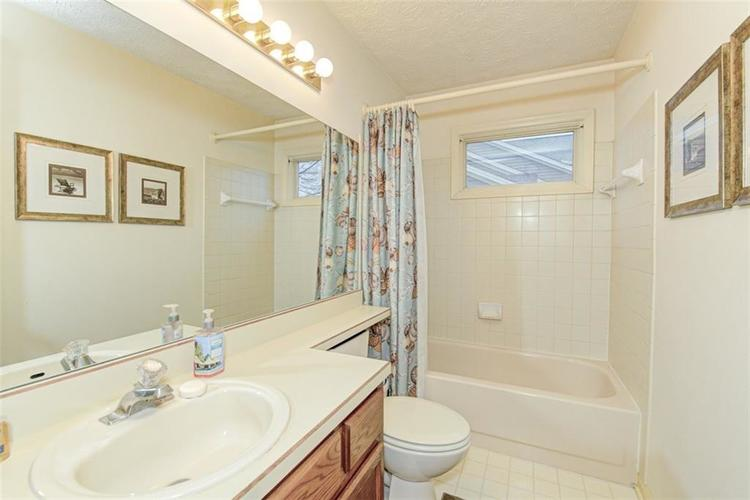 10540 MARLIN Court Indianapolis, IN 46256 | MLS 21689000 | photo 28